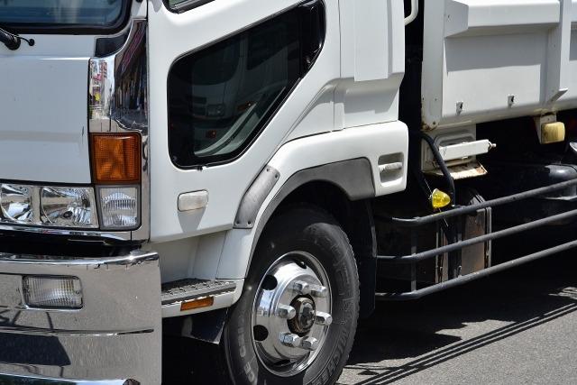 大阪で重量物の運搬・搬送・陸送を行う【株式会社 羽機設】